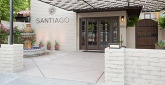Santiago - A Gay Men's Swimsuit Optional Resort - Palm Springs - Bygning
