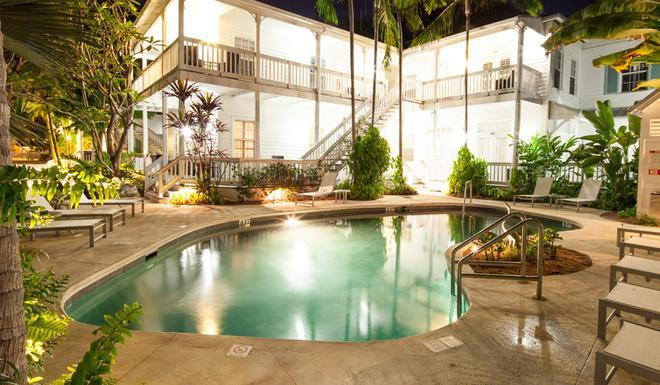 Paradise Inn Key West-Adults Only - Key West - Rakennus