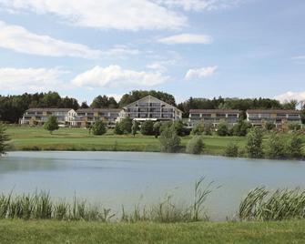 Wellnesshotel Golf Panorama - Märstetten - Building