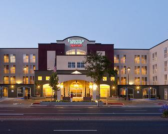 Fairfield Inn & Suites By Marriott San Francisco Airport - Millbrae - Edificio