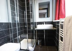 The Bryson Hotel - London - Bathroom