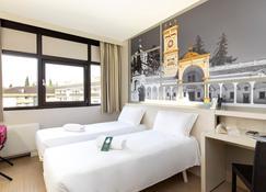 B&B Hotel Udine - Udine - Bedroom