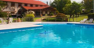 Berna Hotel & Spa - Villa General Belgrano - Pileta