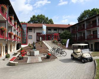 Hotel Sternsteinhof - Bad Birnbach - Gebouw