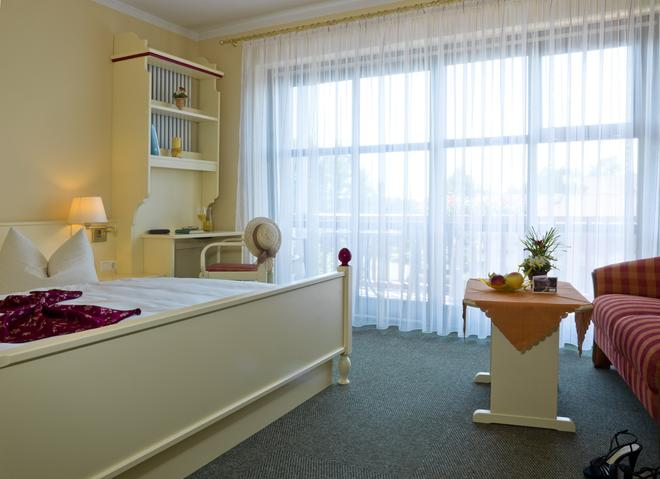 Hotel Sternsteinhof - Bad Birnbach - Bedroom