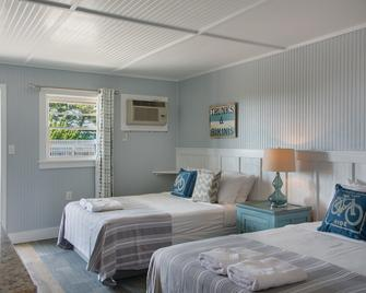 Tar Heel Motel - Nags Head - Bedroom