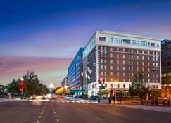 Phoenix Park Hotel - Washington - Building