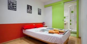 Nisia - Barcelona - Habitación