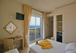 加蘭迪娜酒店 - 里米尼 - 臥室