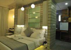 Hotel El Dorado - Ahmedabad - Habitación