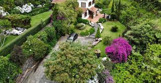 Quinta O Refúgio - São Vicente - Vista del exterior