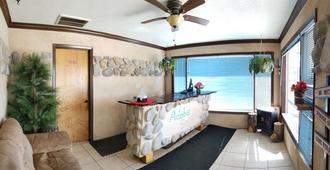 Adobe Sands Motel - Panguitch - Front desk
