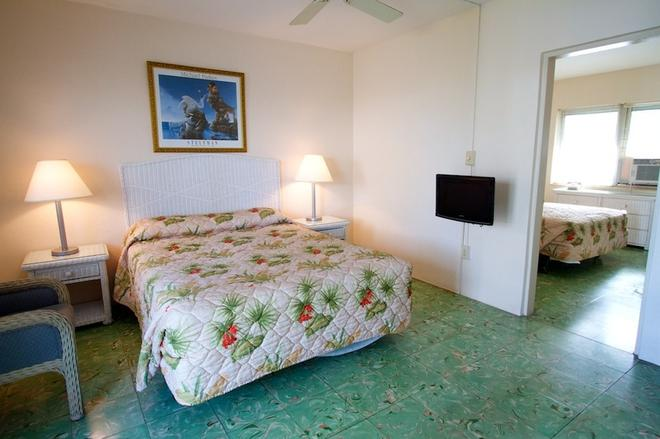 艾爾派提奧汽車旅館 - 基韋斯特 - 臥室