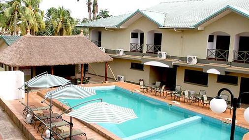 Sunlodge Hotel - Accra - Uima-allas