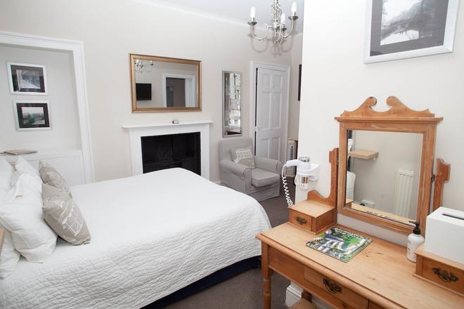 The Henry Guest House - Bath - Habitación
