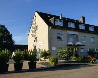 Hotel Garni Alt Büttgen - Kaarst - Gebouw