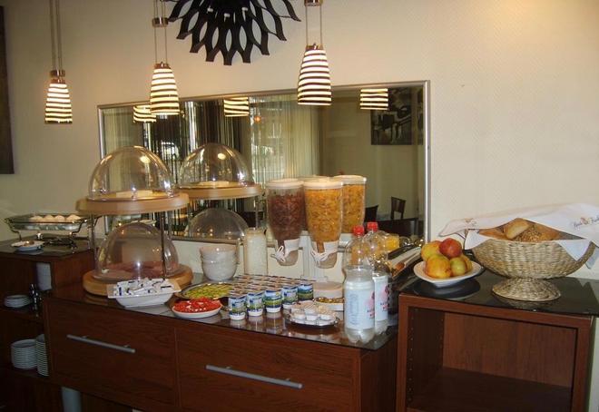 Hotel Berliner Hof - Düsseldorf - Food