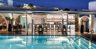 Santorini Kastelli Resort - Fira - Piscina