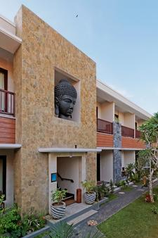 U Tube Hotel & Spa by Shailendra - South Kuta - Toà nhà