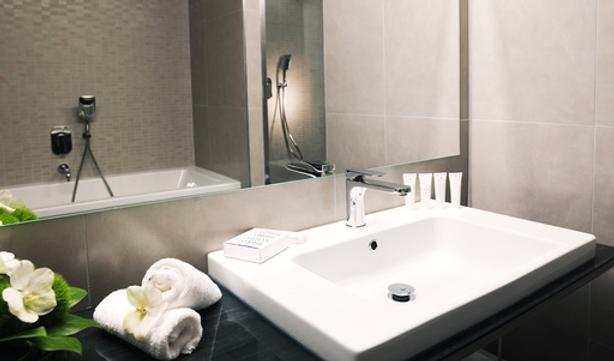 Mind Hotel Slovenija - LifeClass Hotels & Spa - Portorož - Kylpyhuone
