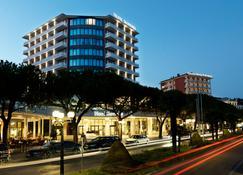 Mind Hotel Slovenija - LifeClass Hotels & Spa - Portorož - Building