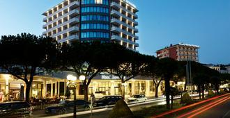 Mind Hotel Slovenija - LifeClass Hotels & Spa - Portorož - Toà nhà