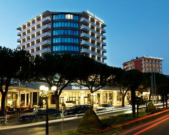 Mind Hotel Slovenija - LifeClass Hotels & Spa - Portorož - Building