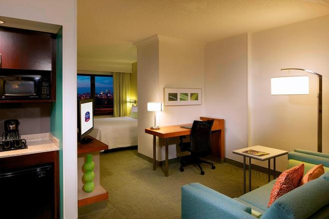 紐華克自由國際機場萬豪春丘酒店 - 紐華克 - 紐瓦克 - 臥室