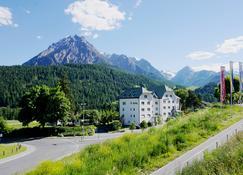 Typically Swiss Hotel Altana - Scuol - Κτίριο