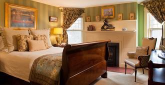Ivy Lodge - Newport - Bedroom