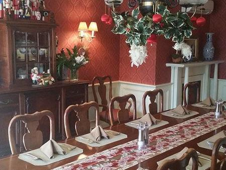 Ivy Lodge Bed & Breakfast - Newport - Dining room