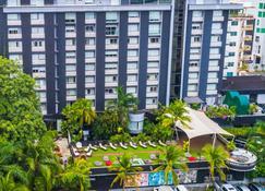 Riande Granada Urban Hotel - Panama City - Building