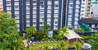 Riande Granada Urban Hotel - Ciudad de Panamá - Edificio