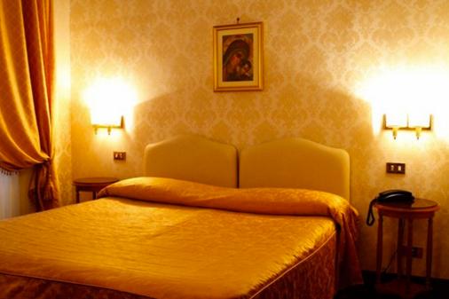 Hotel Torino - Rooma - Makuuhuone