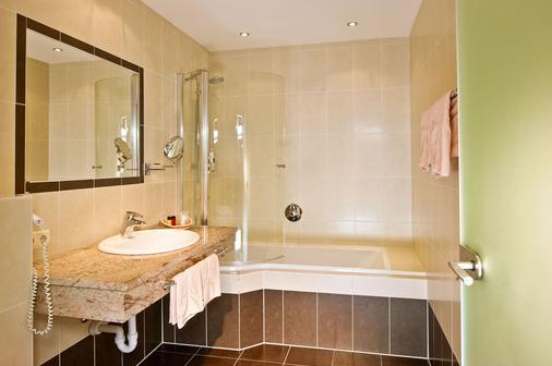 Hotel Mathiesn - Obergurgl - Bathroom