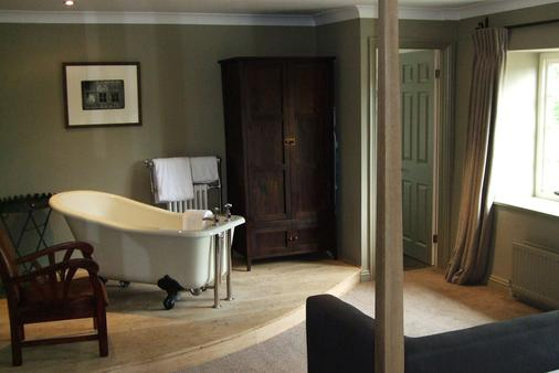 Swan Inn - Burford - Bathroom