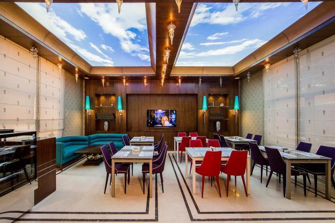 Gems Hotel - Βηρυτός - Φαγητό