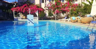 Dalyan Hotel Caria Royal - Dalyan (Mugla) - בריכה
