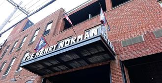 Henry Norman Hotel - Brooklyn - Edificio