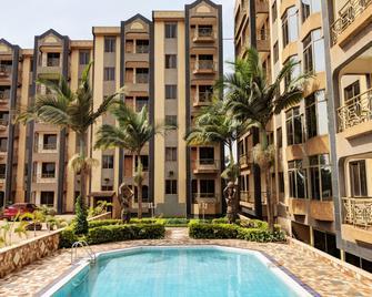 Prestige Hotel Suites - Kampala - Toà nhà