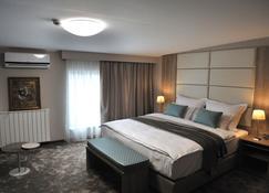 Hotel VIP - Sarajevo - Schlafzimmer
