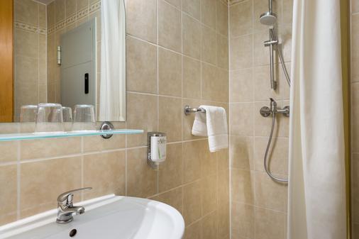 Novum Hotel Golden Park Budapest - Budapest - Bathroom
