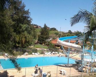 Pousada Rafaela - Serra Negra - Zwembad