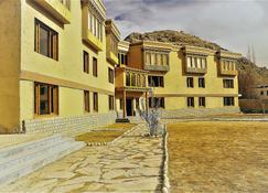 The Driftwood Ladakh - Leh - Building