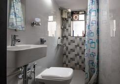 熊貓孟買趣味背包客飯店 - 孟買 - 浴室