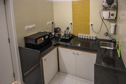 熊貓孟買趣味背包客飯店 - 孟買 - 廚房