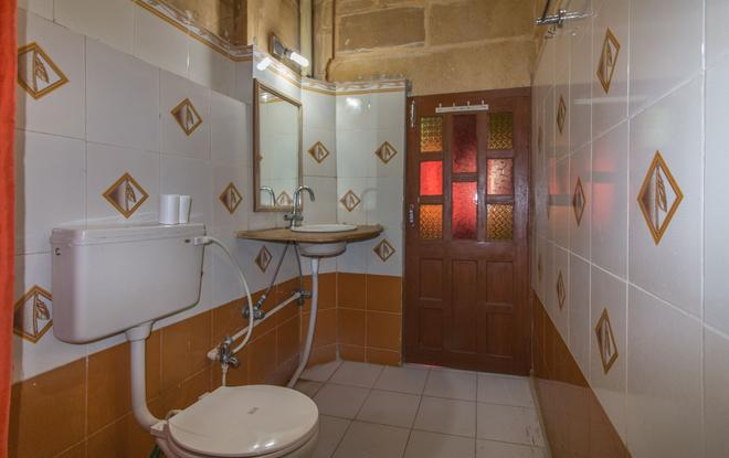 Hotel Oasis Haveli - Jaisalmer - Bathroom
