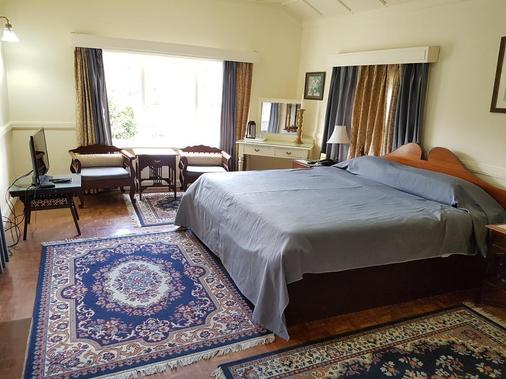 Hotel Springfields - Shimla - Bedroom