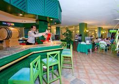 THB 花卉酒店 - 蒂亞斯 - 卡門港 - 休閒室