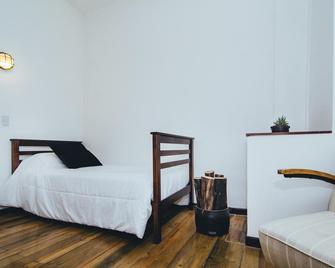 La Joya Hostel - Valparaíso - Habitación